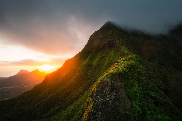 Hiking in Hawaii: The 15 Best Hiking Trails in Hawaii