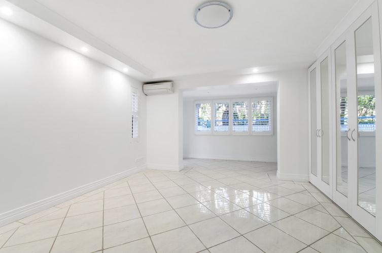How to Clean Tiled Floor: Best Things To Clean Tiled Floor