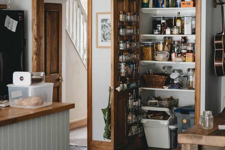How to Organize My Small Pantry: 17 Tips on Organizing Small Pantry