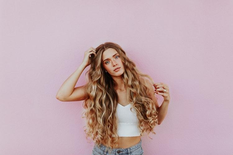 hair, shampoo, shampoo alternatives, no poo movement, shampoo alternatives, substitutes for shampoo, healthy hair, what to use instead of shampoo